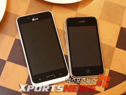 Android-смартфон от LG