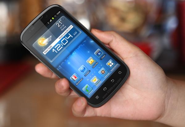Яркие представители MWC 2012: восемь новых смартфонов от ZTE