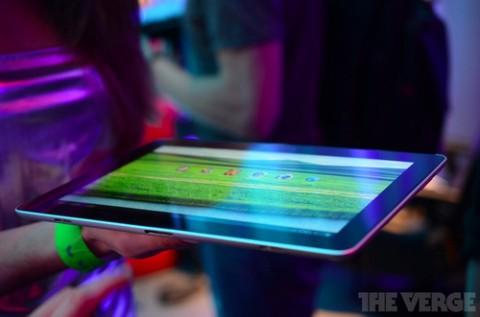 Новый планшетник Huawei MediaPad 10 FHD