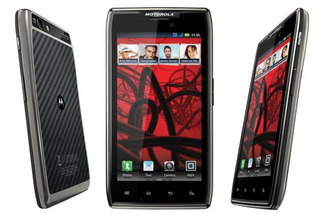 Европейские продажи Motorola RAZR MAXX начнутся в мае