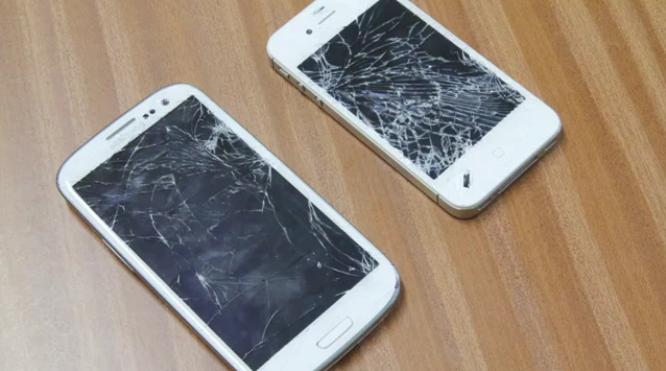 Краш-тест: iPhone 4S VS Galaxy S III