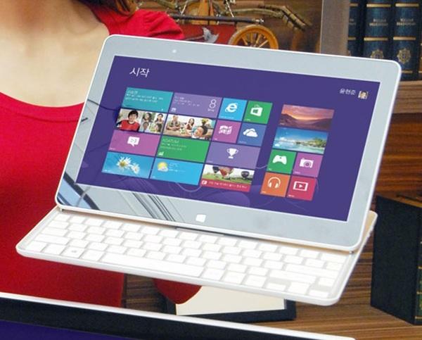 LG представила планшет-слайдер на Windows 8