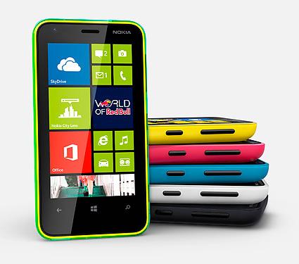 Nokia Lumia 620 поступил в продажу в России