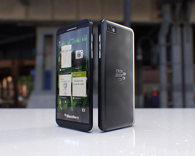 Обзор смартфона BlackBerry Z10