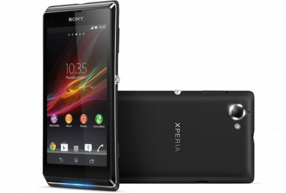 Смартфон Sony Xperia L вышел в России