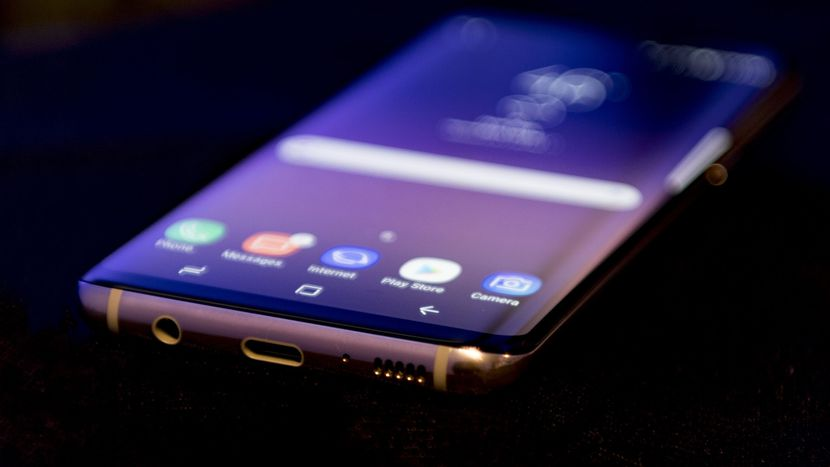Samsung Galaxy S8 назван лучшим смартфоном 2017 года