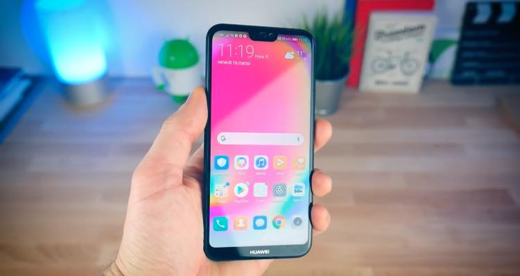 Несколько видео с распаковкой Huawei P20 Lite