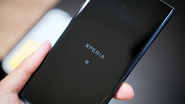 Названы российские цены на Sony Xperia XZ2 и XZ2 Compact