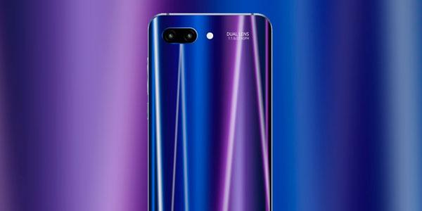 Характеристики нового флагмана Huawei Honor 10 появились в сети