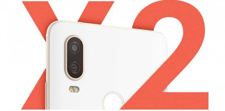 BQ представила два новых смартфона с Android One
