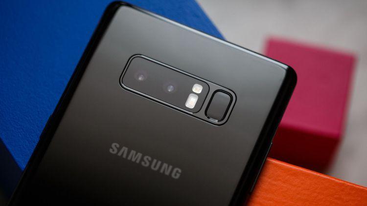 В России резко упали цены на Samsung Galaxy Note 8