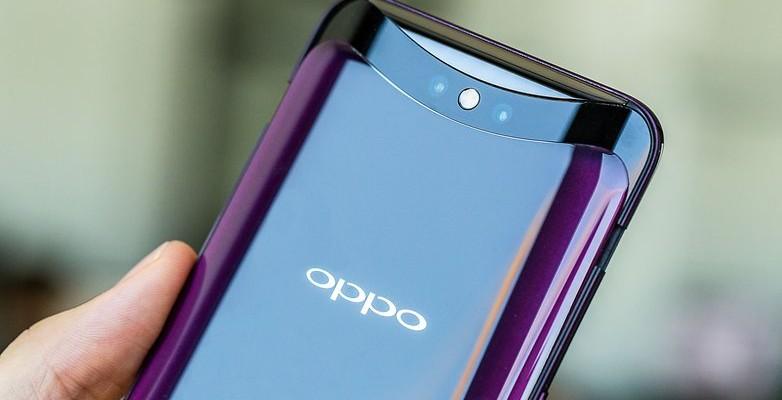 Тест на прочность OPPO Find X: смартфон не выдержал сгибания (Видео)