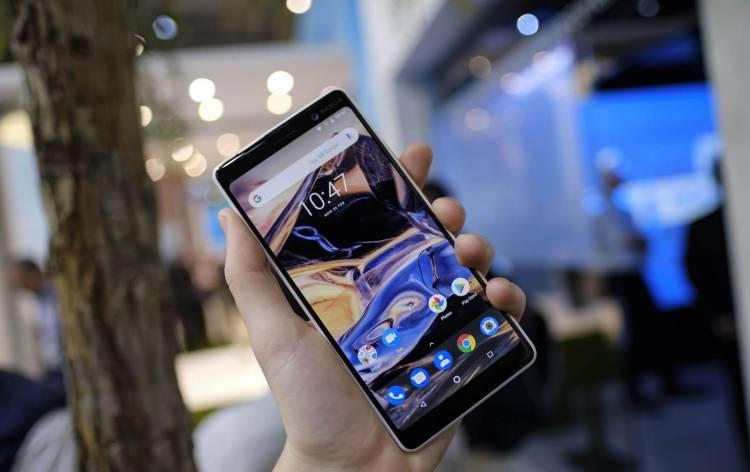 Смартфон Nokia 7 Plus начал обновляться до Android 9.0 Pie