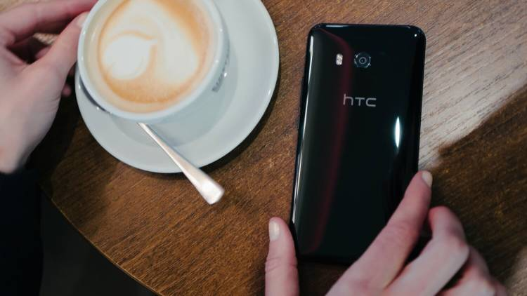 Sony и HTC опубликовали списки обновляемых до Android Pie смартфонов