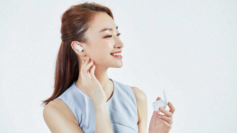 Xiaomi представила наушники MiAirDots - ультрабюджетную версию Apple AirPods