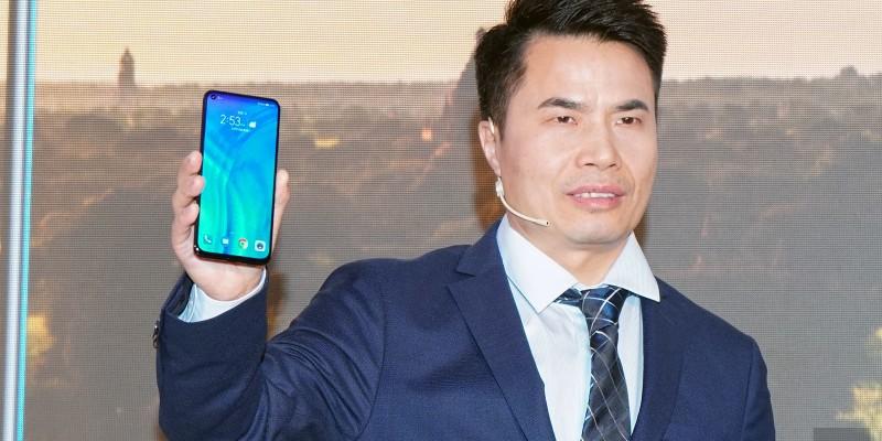 Honor View 20: представлен еще один смартфонс вырезом для камеры в дисплее