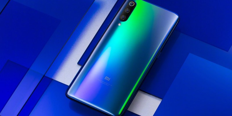 Глава Xiaomi показал официальные фото флагмана Mi 9