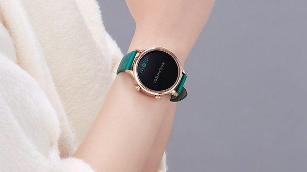 Xiaomi представила умные часы Forbidden City сAMOLED-экраном иNFC