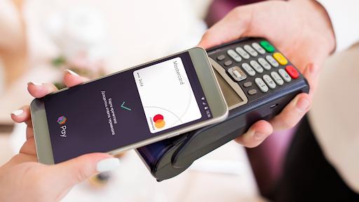 Владельцы смартфонов Huawei и Honor смогут оплачивать покупки с помощью «Кошелек Pay»